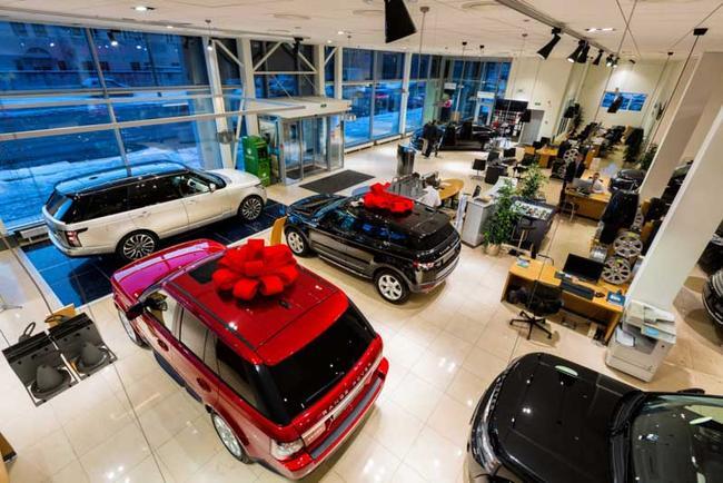 Как избежать покупки битого автомобиля в салоне новых автомобилей